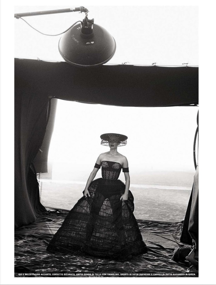 AMBER VALLETTA BY PETER LINDBERGH FOR VOGUE ITALIA FEBRUARY 2013