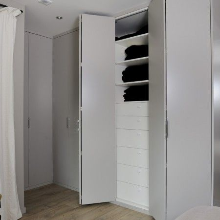 dressing sur mesure hom 39 in portes pliantes mezzanine. Black Bedroom Furniture Sets. Home Design Ideas