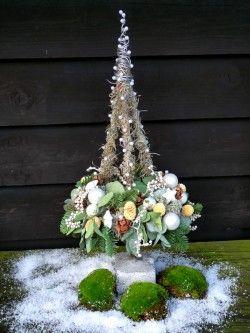 Kerstboom met krans