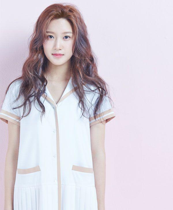 2015.04, 1st Look, Moon Ga Young