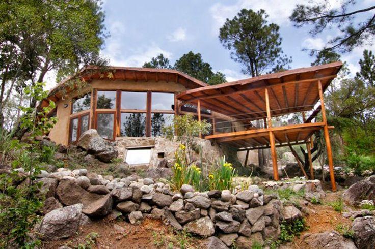 Construcción con tierra, madera y paja