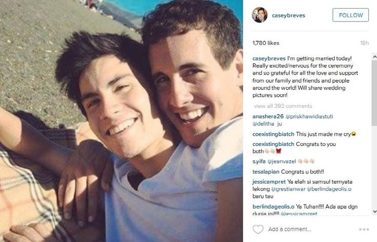 Sam Tsui Comes Out as Gay and Reveal That He is Marrying Another YouTube Star Casey Breves - Blaber Blogger