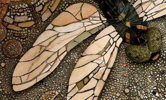 Podlaha ve tvaru vážky, květin, listí   Elegantní bydlení
