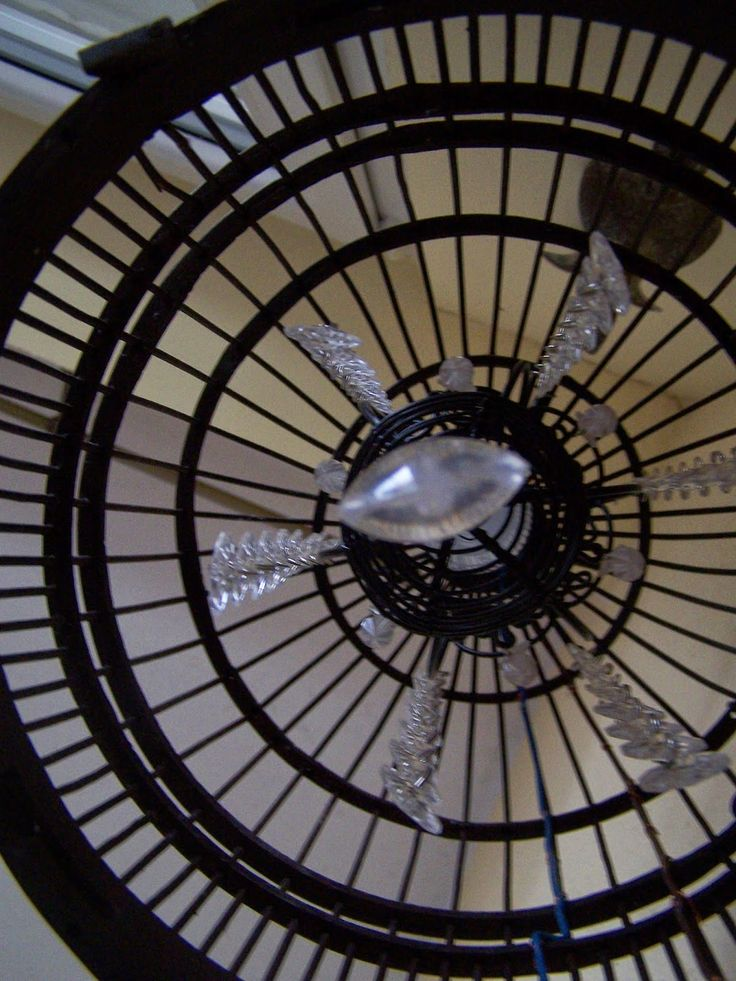 Lampa z kryształkami