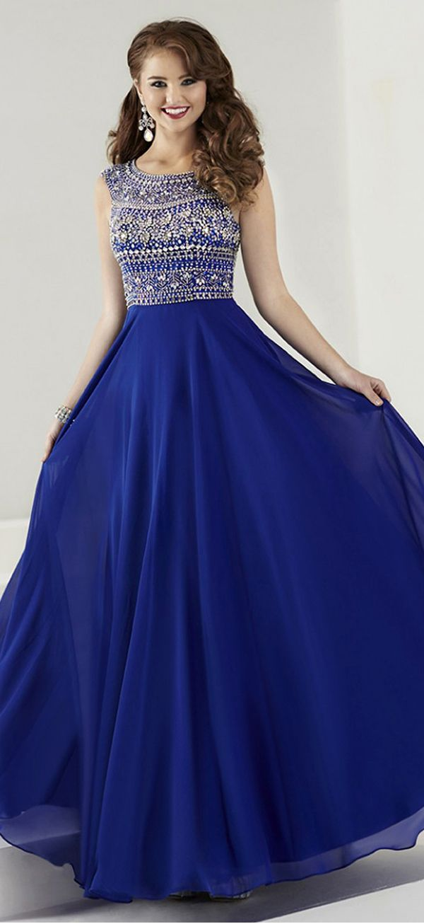 Pretty Chiffon Scoop Neckline A-Line Prom Dresses With Beads & Rhinestones