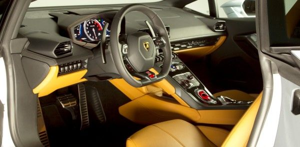 2015 Lamborghini Huracan LP 610-4 yellow interior images
