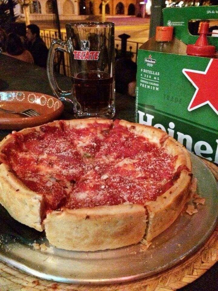 Chicago's pizza in Guadalajara.