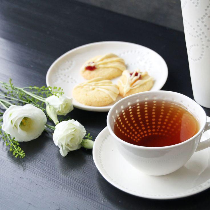 Teacup for a nice tea break. Made in Finland by Eeva Jokinen Ceramics. #styleworkfinland #eevajokinenceramics #teacup #coffeecup