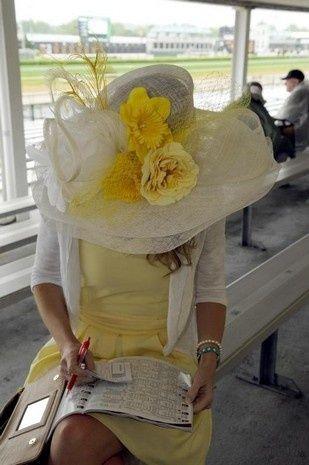 Kentucky Derby hat in yellow 2013