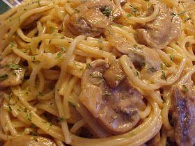 Spaghetti sauce crémeuse à la vodka, aux champignons et au fromage