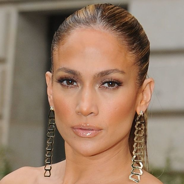 Jennifer Lopez Stuns in Thigh-High-Split Atelier Versace Dress
