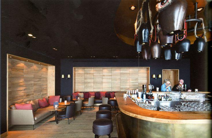 Bar_Hotel_Restaurant_ Frutt Lodge & Spa_in Melchsee-Frutt_Design by_Lussi+Halter, CH-Luzern & Architekturwerk, CH-Sarnen_Interior-Design_Matthias Buser, CH-Zürich_Photo by_Leonardo Finotti AIT_2012_06_page110