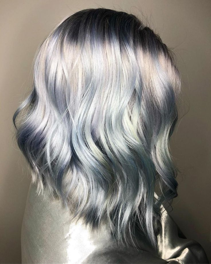 """""""Ghosted Hair"""" Is A Real Color Trend & It Won't Leave You On Read"""