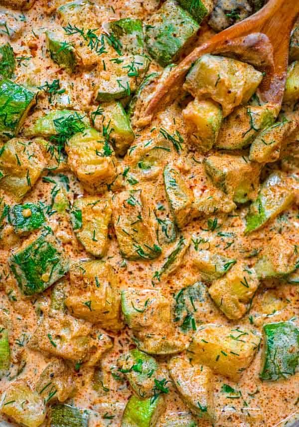 This Creamy Zucchini Sauce Is Bursting With Flavor Made With Paprika Roasted Zucchinis Vegetarian Zucchini Recipes Vegan Recipes Easy Healthy Crockpot Recipes