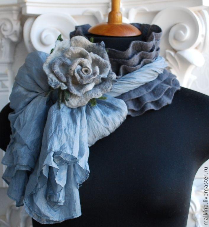 Купить Валяный шарф серый с розой - серый, валяный шарф, шарф, шарф валяный