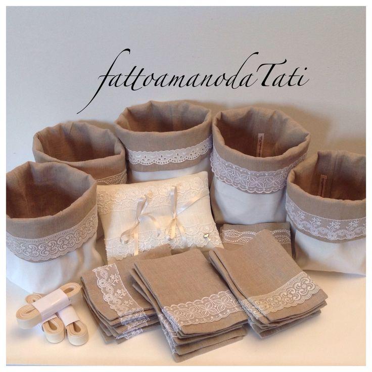 Sacchettini  ,secchielli per confettata, cuscino per fedi by fattoamanodaTati ,su misshobby.com