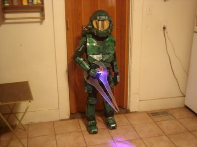 how to make a master chief costume out of cardboard