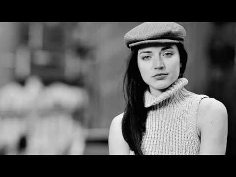 Lindsey Brier - Suddenly It's Love