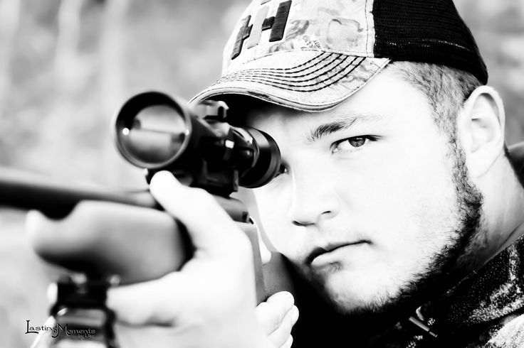 Senior Pictures, Hunting
