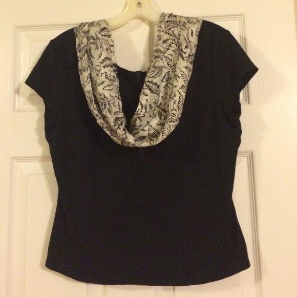 Black and White! Q.U.E. Shirt Nice! With scarf! 94 rayon 6 Spandex really nice. Black and white scarf very light Q.U.E. Tops