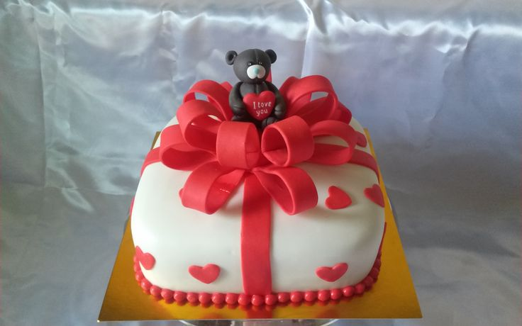 Подарунок #торт_на_заказ_бровары #день_рождения #бисквитный_торт