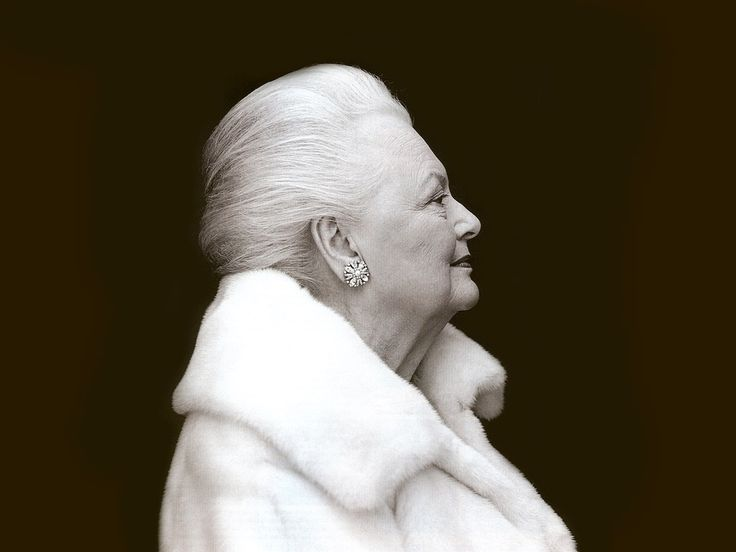 Olivia De Havilland...how to be a lady.