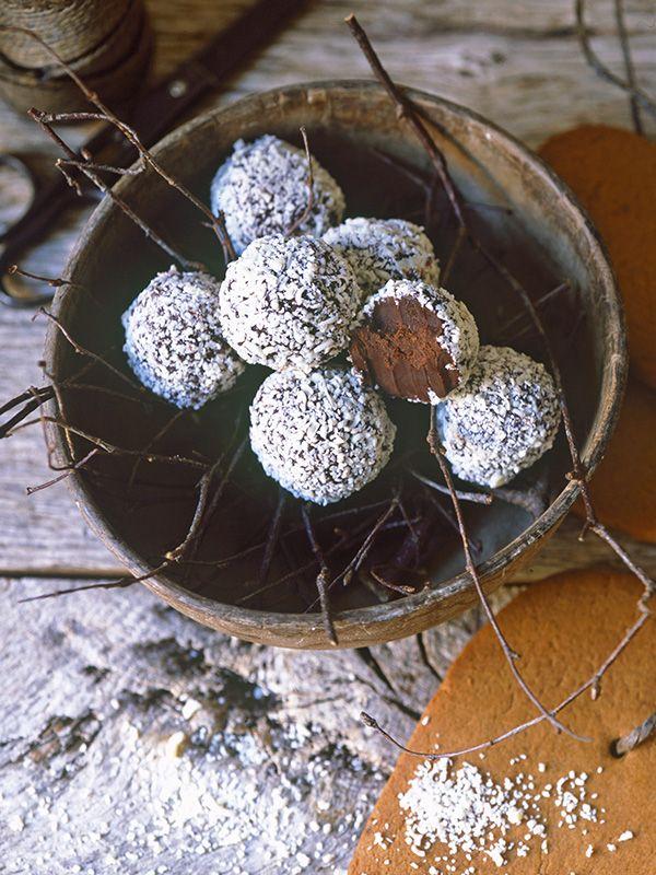 Snowball chocolate truffles