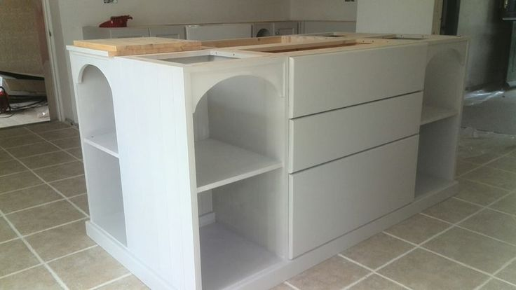 Beautiful hand made kitchen made to our customers requirements: http://www.pinefurniturecornwall.co.uk/search.asp?types=Pine+Kitchens