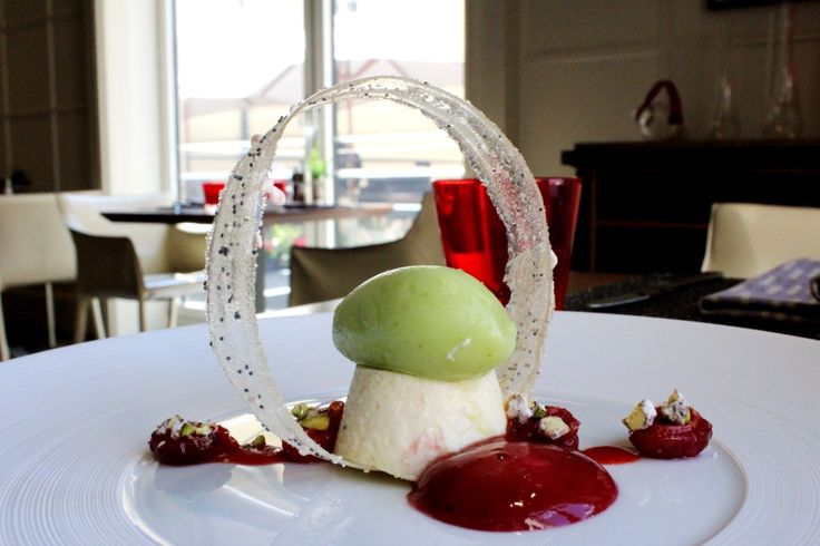 Mini cheesecake with cherry compote and green apple sorbet