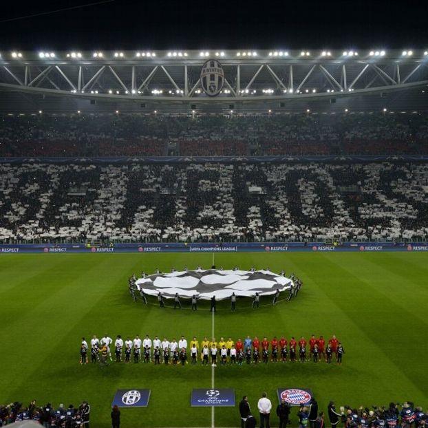 Coreografia Stadium prima di #JuveBayern