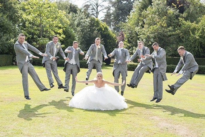 Total-coole-Idee-fuer-ein-Hochzeits-Gruppenfoto.1415793441-van-JaneHoffmann.jpeg… – Wedding Fotoshooting