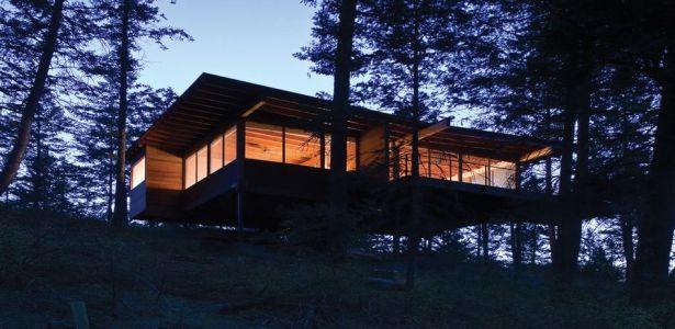Charmante maison bois sur pilotis bordant le lac Flathead dans le Montana | Construire Tendance