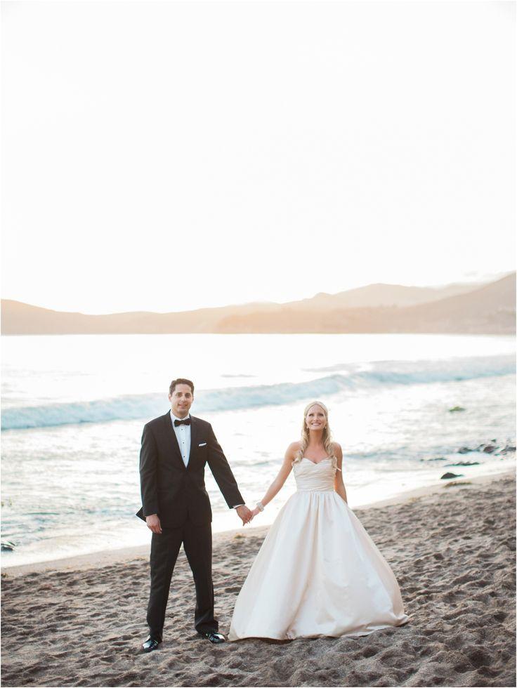 Glam pink and gold The Cliffs Resort Wedding in Pismo Beach by San Luis Obispo Wedding photographer Skyla Walton