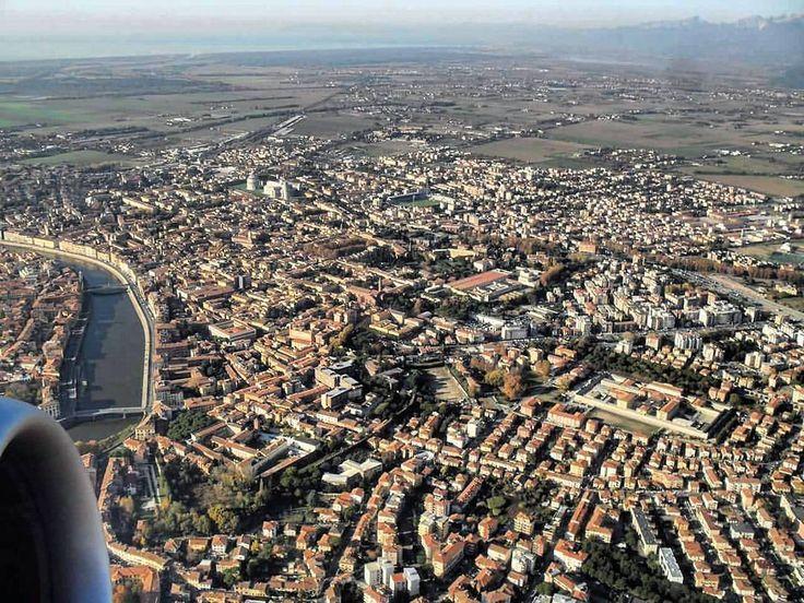 Vi è familiare questa vista?  Foto di @morros4u3  #igerspisa #igerstoscana #igersitalia  #dafareapisa #boiabello  #visitpisa #pisaconnection #vivopisa #tuscanybuzz #discovertuscany #bellamìpisa #pisaolé #ilikeitaly  #pisa #toscana #italia #italy #tuscany  #toskana #toscane #Тоскана #Пиза #browsingitaly by igerspisa