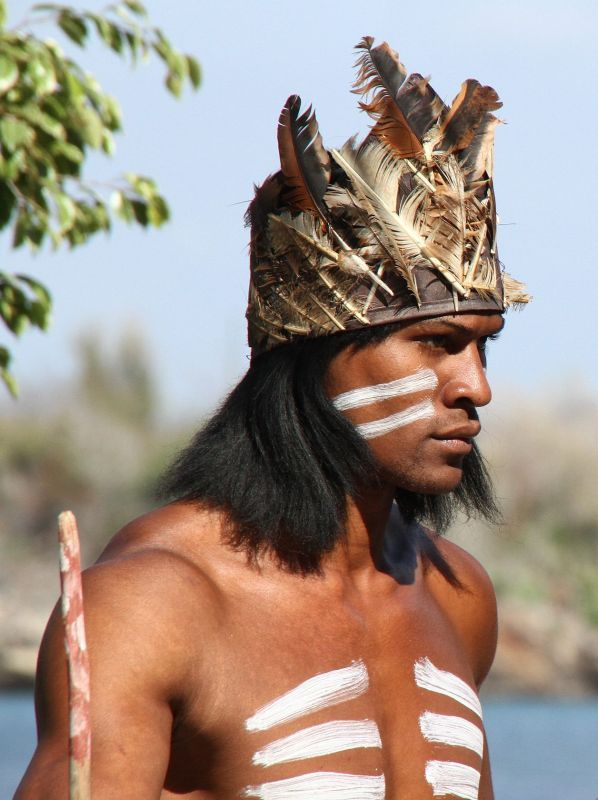 arawak indians in jamaica Jamaica was originally inhabited by the arawak indians and possible the taino from south america the arawak indians were a gentle peace loving farming and fishing race they survive mainly on a diet of maze, cassava, vegetables and fish.