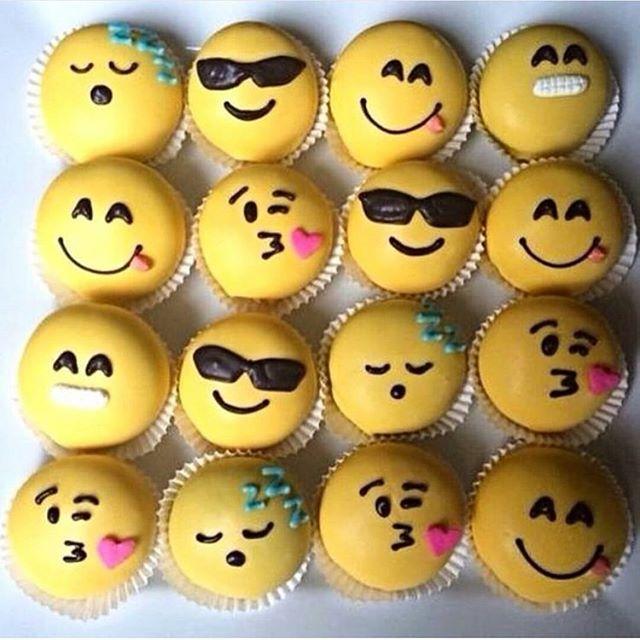 Emoji cupcakes. Tag friends