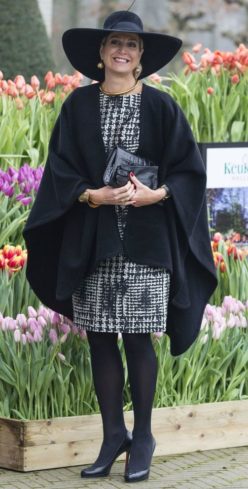 Koningin Máxima bij de uitreiking tuinbouwprijs in Lisse- Koningin Máxima bij het Oranje Nassau Paviljoen in de Keukenhof,voor afgaand aan de uitreiking van de Tuinbouw Ondernemingsprijs.  6-1-2016