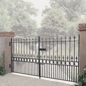 326 Best Images About Driveway Gates On Pinterest Entry