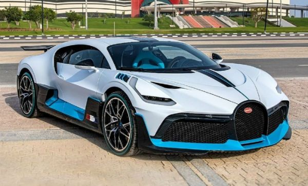 The 2021 Bugatti Divo Is A Medium Track Track Sports Car Developed And Manufactured By Bugatti Automobiles S A S The 2021 Bugat Bugatti Bugatti Cars Car Model
