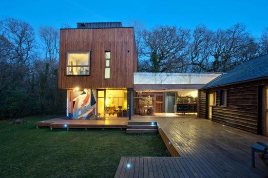 The Tree House four in Binstead, Isle of Wight - Absolutely loved it when it was featured on Grand Designs!