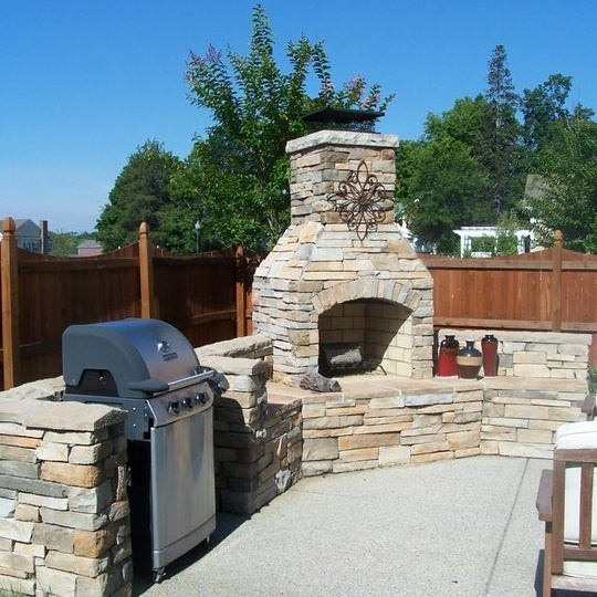 Firerock Outdoor Fireplace Kit I Like The Space For The Grill Rather Than Just Having It Sit By