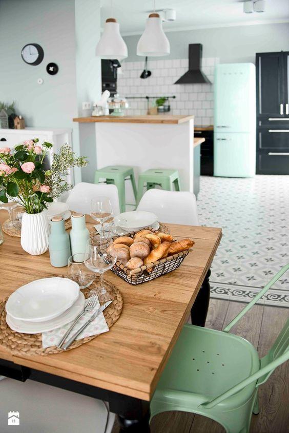 cool Un salón de Pinterest en gris, blanco y mint