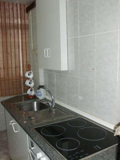 piso en perfecto estado para entrar a vivir totalmente amueblado y con la  cocina completa  con calefacion  total�mente soleado y con ascensor