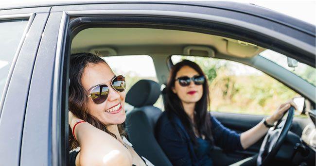 10 bästa apparna för sommarens bilsemester