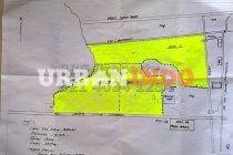 Di jual cepat lahan di daerah Karawang Barat. Pinggir jalan tol Jakarta-Cikampek km 42 (berseberangan dengan rest area) Luas tanah: 35,4 ha,Lokasi sekitar 5 km dari exit tol Karawang Barat.Lokasi di tepi/berhimpitan dengan tol Jakarta-Cikampek sekitar KM42, Berhimpitan dengan jalur pipa gas,Berbatasan dengan sungai,RUTR saat ini masih peruntukan persawahan, SHM Harga Rp 1.000.000/m2