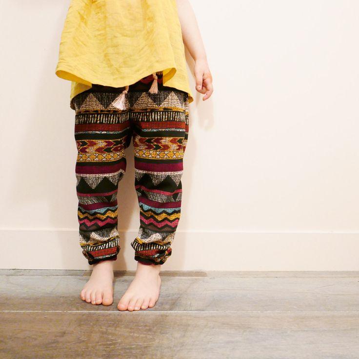 Patron de Couture. Enfant Fille. Un pantalon fluide ultra confortable et…