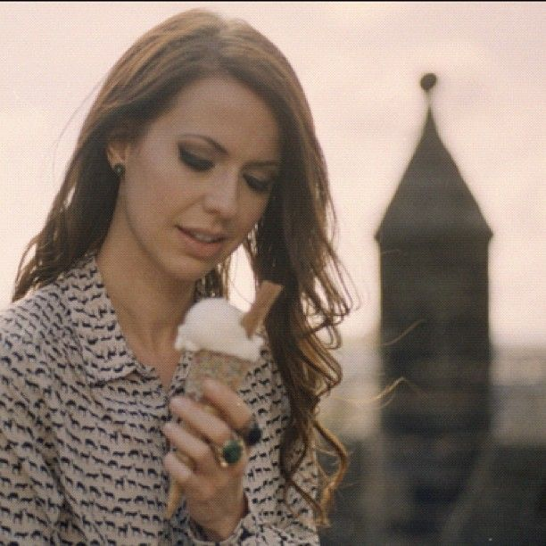 Joy Williams and some ice cream. She's so beautiful. (@MaryAnne Wells Burr you have perfect taste in everything)