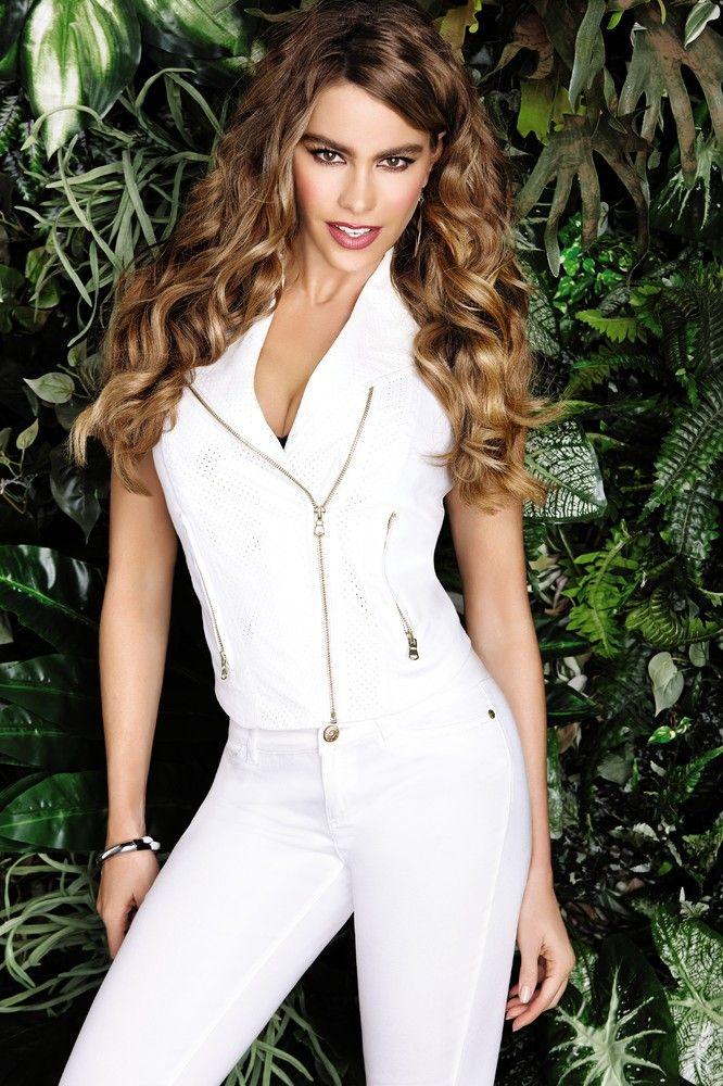 Sofia Vergara Models Leopard Bikini As Part Of New Kmart Line