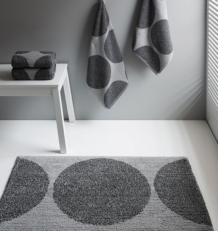 Urban bath rug. Cotton and Polyester.