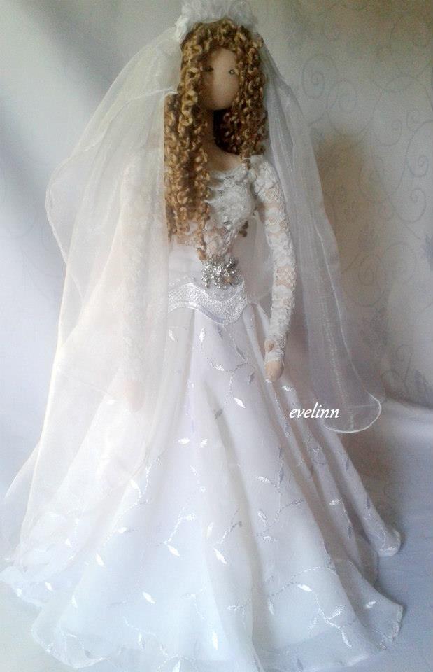 lalka stojąca ślubna